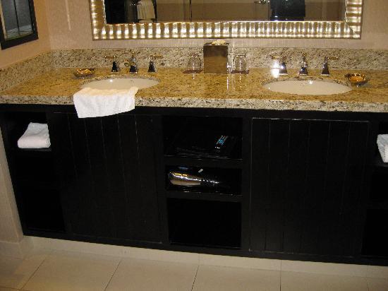 Bathroom Countertops Double Sink